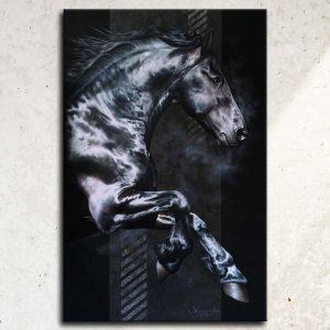 Art équin, œuvre d'art équestre : tableau AKATAGNOTOS, grand format avec un étalon frison au galop, réalisé avec la technique de la peinture à l'huile, sur fond noir moderne graphique. Meilleur artiste équin peintre animalier.