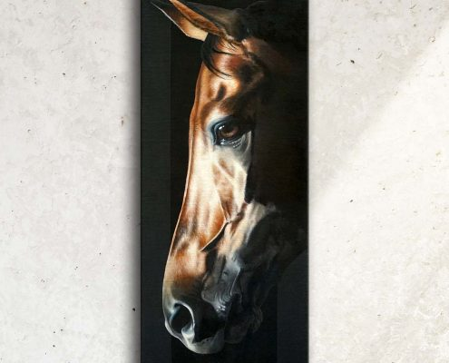 Art équin, œuvre d'art équestre : tableau ARAGONITAE, avec une tête de cheval en ombres et lumières, réalisé avec la technique de la peinture à l'huile, sur fond noir. Meilleur artiste équin peintre animalier. art, équin, équestre, acheter, tableau, peinture, cheval, chevaux, déco, décoration, moderne, contemporain, oeuvre, cadre, mur, huile, mouvement Portrait équin, tableau original d'un cheval dans un style réaliste en ombre et lumière, réalisé avec la technique de la peinture à l'huile par Skyzune ART. Meilleur artiste peintre équin et animalier. Tableau original animalier contemporain et graphique de Skyzune ART, artiste peintre pastelliste en art équin et animalier réaliste en ombre et lumière, à la peinture acrylique, à la peinture à l'huile et au pastel, art mural, décoration d'intérieur moderne, art de luxe, décoration hôtel design intérieur luxe, art, équin, équestre, acheter, tableau, peinture, cheval, chevaux, déco, décoration, moderne, contemporain, oeuvre, cadre, mur, huile, mouvement, artiste peintre équin et animalier, peinture et pastel.