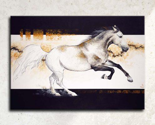 Art équin : tableau EL PRIMERO, un étalon espagnol gris au galop, réalisé avec la technique de la peinture acrylique, avec un fond moderne et graphique. Meilleur artiste équin peintre animalier. art, équin, équestre, acheter, tableau, peinture, cheval, chevaux, déco, décoration, moderne, contemporain, oeuvre, cadre, mur, huile, mouvement