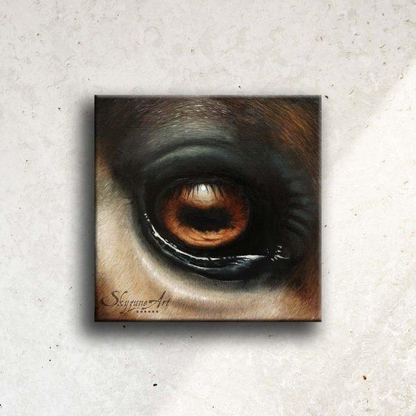 Art équin : tableau I SEE YOU II, représentant l'œil d'un cheval, réalisé avec la technique de la peinture à l'huile. Meilleur artiste équin peintre animalier.