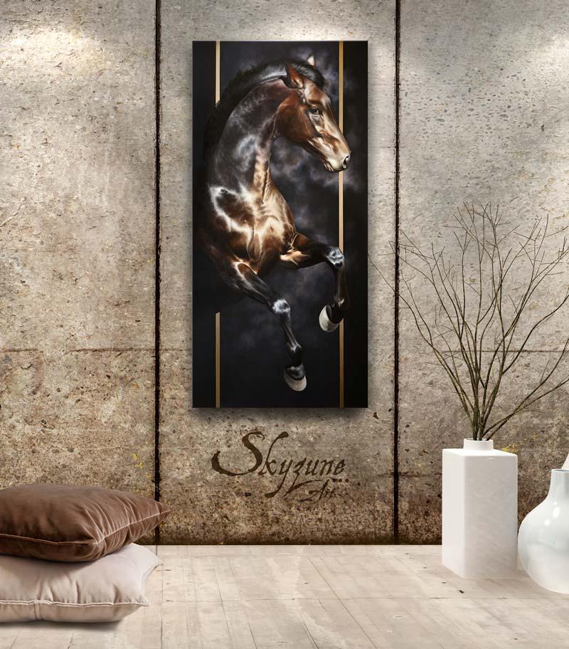Portrait équin, tableau original d'un cheval dans un style réaliste en ombre et lumière, réalisé avec la technique de la peinture à l'huile par Skyzune ART. Meilleur artiste peintre équin et animalier. Tableau original animalier contemporain et graphique de Skyzune ART, artiste peintre pastelliste en art équin et animalier réaliste en ombre et lumière, à la peinture acrylique, à la peinture à l'huile et au pastel, art mural, décoration d'intérieur moderne, art de luxe, décoration hôtel design intérieur luxe, art, équin, équestre, acheter, tableau, peinture, cheval, chevaux, déco, décoration, moderne, contemporain, oeuvre, cadre, mur, huile, mouvement, artiste peintre équin et animalier, peinture et pastel. art animalier de luxe