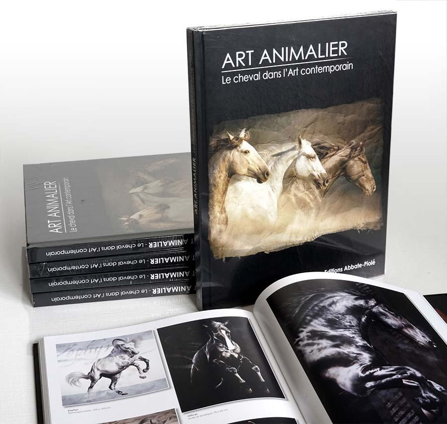 """Publication de tableaux de Skyzune dans le livre """"ART ANIMALIER, le cheval dans l'art comptemporain"""""""